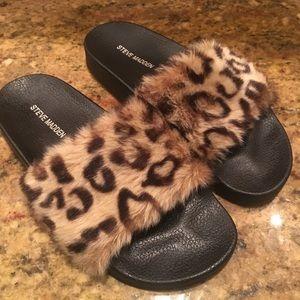 Steve Madden Fur Slides Size 6